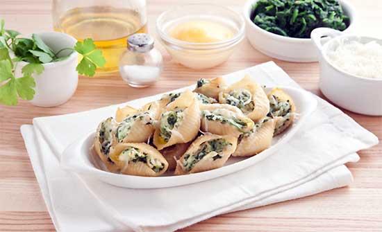 Conchiglioni con spinaci al forno