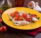Filetto di merluzzo con pomodorini e olive