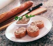 Crostini con crema ai funghi porcini